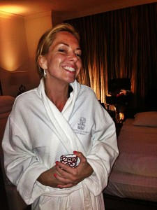 Motrya Alexandra Hanas enjoying some r&r at the Ritz-Carlton South Beach